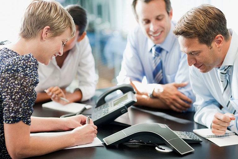 Téléphonie-VoIP-conférence