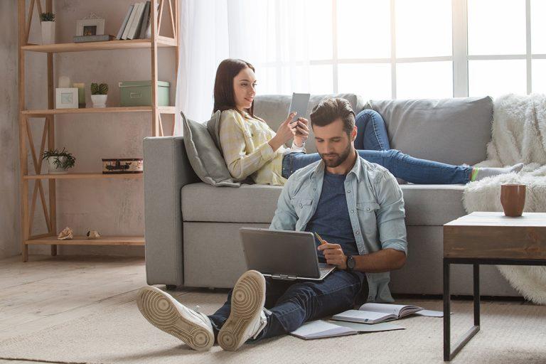 Les-avantages-de-la-fibre-à-la-maison
